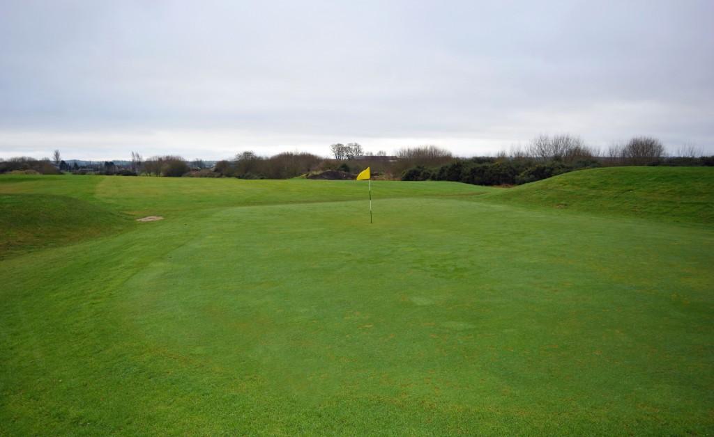 Hole-8-Down-Royal-Park-Golf-Course