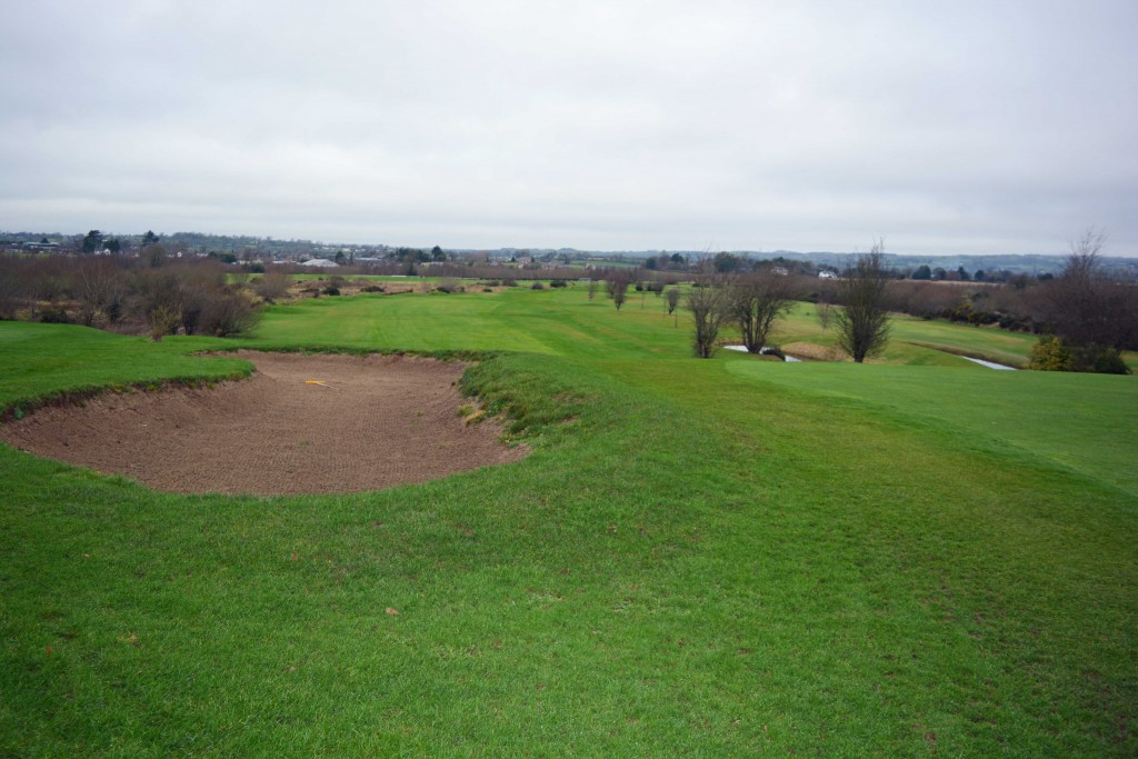 Hole-9-Down-Royal-Park-Golf-Course